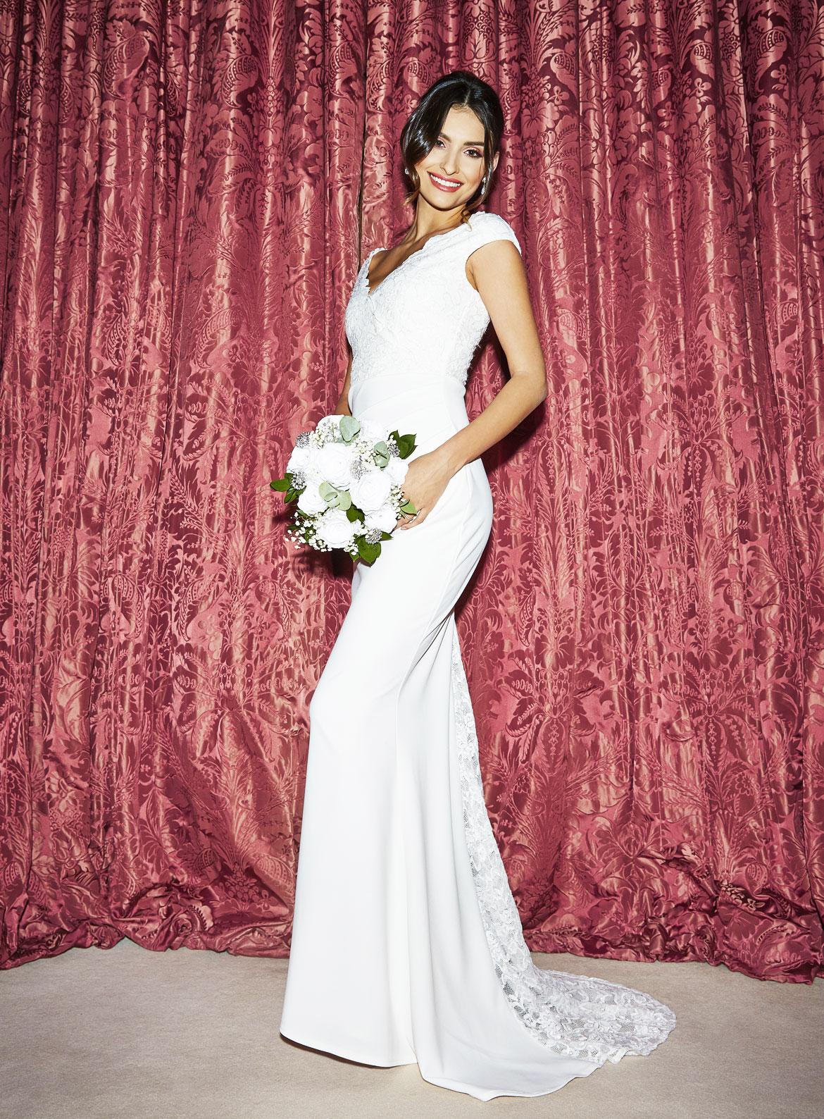 28a7f5ceca607 QUIZ Bridal & Occasionwear